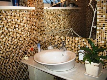 Мозаїка у ванній кімнаті