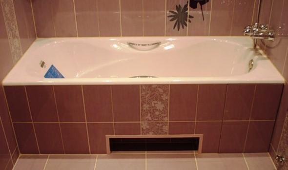 Екран для ванної з керамічної плитки