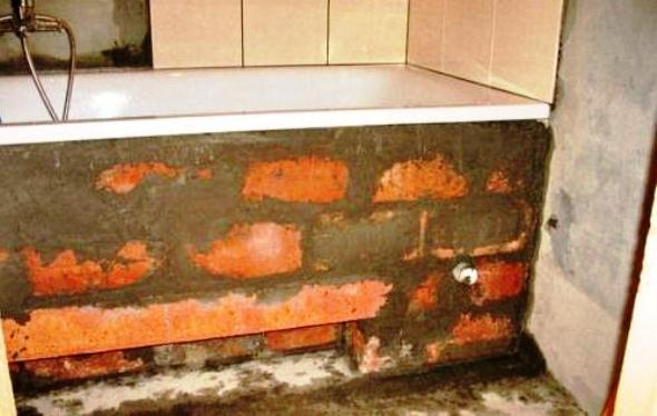 Екран для ванної з цегляної кладки