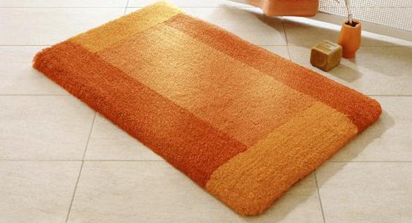 Акрилові килимки для ванної  потішать Вас різноманіттям форм та кольорів