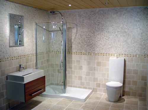 Висока міцність, надійність і довговічність - відмінна риса італійської керамічної плитки для ванної кімнати.