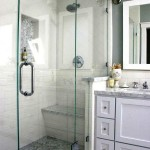Біла ванна кімната