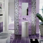 Фіолетова ванна кімната