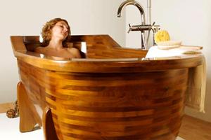 Дерев'яна ванна: переваги та недоліки