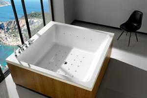 Квадратна ванна: стильна деталь інтер'єру