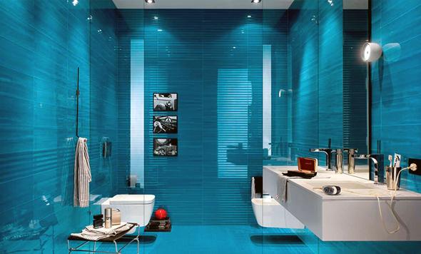 Дизайн ванної кімнати синього кольору досить простий, так як синій є класичним кольором для наших ванн