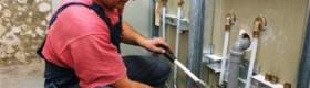 Правильна розводка труб у ванній кімнаті