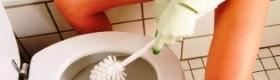 Як очистити наліт з поверхні унітазу