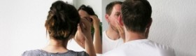 Як повісити дзеркало у ванній кімнаті: основні способи кріплення